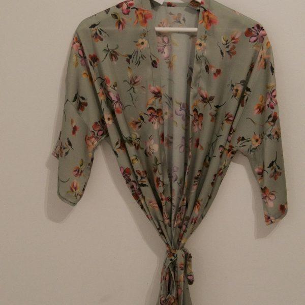kimono novia seda